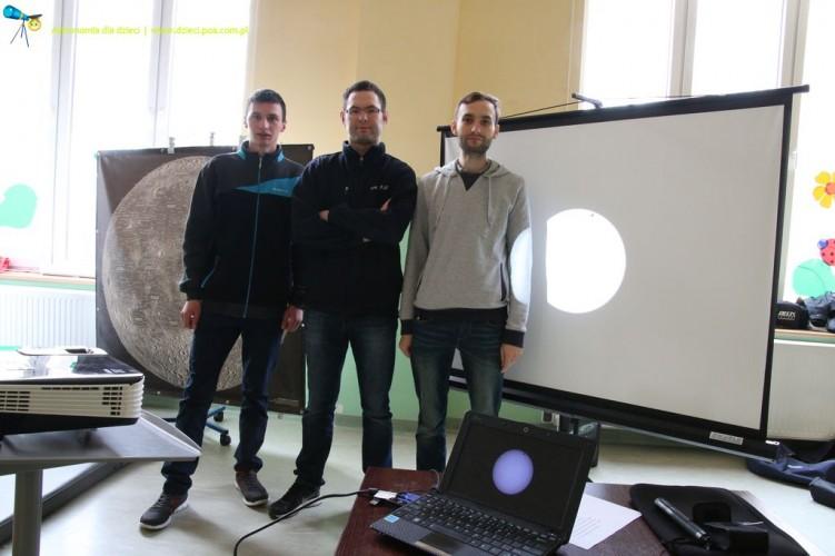 Zajęcia z astronomii w Szkole Podstawowej w Przeźmierowie - część IV
